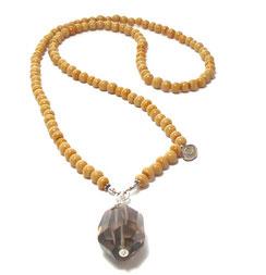 Moderen Halskette  lang, aus Glasperlen mit großem Rauchquarzstein Anhänger.