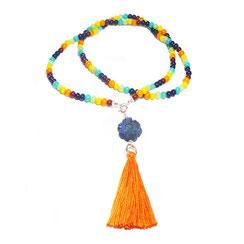 hippie-Bettelkette-Halskette-beadwork- Glasperlen Schmuck mit Quasten-boho-Kette-bohemian-lange-Kette-bunt -ultramarinblauen Lapislazuli Blütenanhänger.