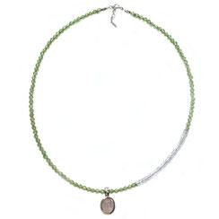 handgefertigte echtes modernes Stein Collier, Edelsteinkette, Kette aus Peridot-& Rosenquarzstein mit ovalem Rosenquarzanhänger