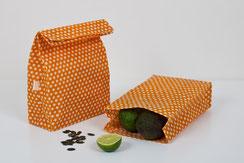 Bienenwachsbeutel hält Brötchen zusammen