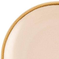 Farbe: Sandstein (Porzellan der Marke Olympia Kiln)