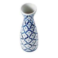 Blumenvase aus thailändischem Porzellan. Mit blau-weißem Ananas Blumenmuster.