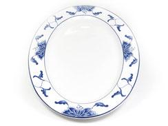 Flache ovale Essteller mit abgerundetem Rand aus Porzellan mit blauem Lotus Motiv der Marken Tatung, Li, Cameo und Datung. In verschiedenen Größen und Motiven erhältlich.