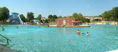 baignade piscine - base de loisirs - baigner - toboggan -