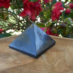 Protections des ondes pyramide shungite site alain rivera