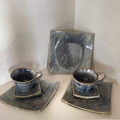 Geschirr-Einzelstücke aus Keramik