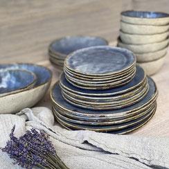Geschirr, Blau mit braunem Rand, Steinzeug