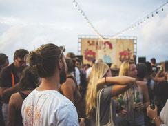 Improtheater auf Straßenfesten und Festivals