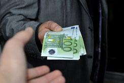 Wiki Compliance § 20a WpHG Verbot der Marktmanipulation Preisänderungen Marktmanipulationskonkretisierungsverordnung (MaKonV) Wertpapierhandelsgesetz (WpHG) Anzeige und Rechtsfolgen eines Verstoßes