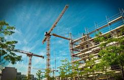 Die Avaxx Bauendreinigung auch Bauschlussreinigung & Erstreinigung genannt, erfolgt unmittelbar nach Verlegung & Verfugung des keramischen Fliesenbodens.