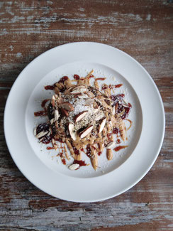 Hanf-Protein-Pancakes Rezept vegan glutenfrei, Erdnussbutter, Mandeln, Hanfsamen, Nüsse, Dessert