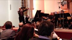 Dr. Gene Aitken und die Big Band des libanesischen Konservatoriums.