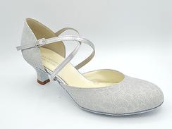 Geschlossene-Tanzschuhe Brautschuhe Silber von ANNA FREDRICH