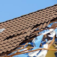 Dachdecker Königswinter Beseitigung von Sturmschäden