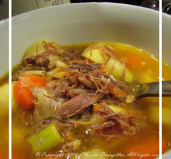 Soupe de légumes au confit de canard