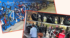 La remorque et le garage à vélos de l'hôtel