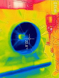 ポートアクール冷風機のサーモ画像