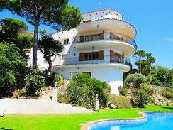 Шикарные дома в Плайя де Аро с прекрасными видами на море, Platja d'Aro