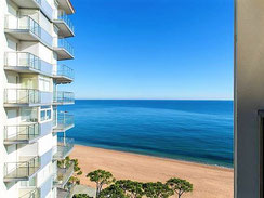 Жильё в Испании с видом на море, побережье Коста Брава