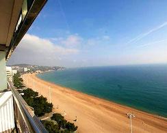 Купить квартиру дуплекс на первой линии моря в Испании, в престжном городе Плайя де Аро
