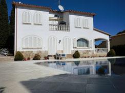 Купить дом или виллу в Испании на бережной части Коста Брава
