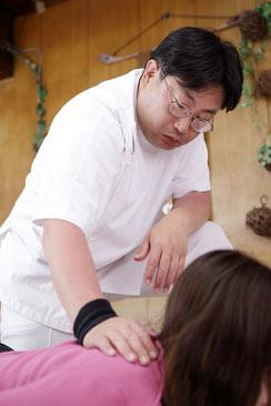 90分コース6000円通常のコース+辛い患部を重点的に施術する特別コースです。