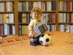 Foto: CVB / Model: Thomas Müller von Lego / Bücher: CVB
