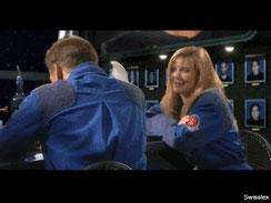 Szene in einer Kantine mit Mark Hamill aus dem Computerspiel Wing Commander III