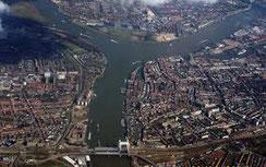 Drechtsteden vanuit de lucht gezien