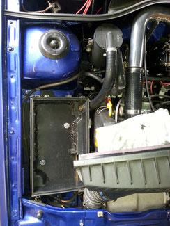 Entlüftung mit Porsche Ölabscheider in den Filterkasten