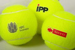 Tennisbälle bedrucken, Tennisbälle mit Logo, Tennisbälle bedruckt, Tennisbälle mit Logo, Tennisbälle Werbemittel, Tennisbälle Tube, Tennisbälle Verpackung, Tennisbälle farbig, Tennisbälle pink, Tennisbälle rot, Tennisbälle orange,Tennisbälle bunt, Tennis