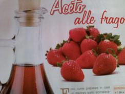 L'aceto aromatizzato alle fragole fragole