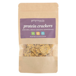 Protein crackers