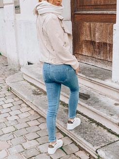 Blaue Denim Jeans