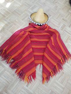 Mexikanerponcho mit Kragen und Sombrero, Fr.16.-