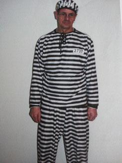 Gangster/ Sträfling, Fr.28.-  2 Kostüme am Lager (auch für 1Kind)