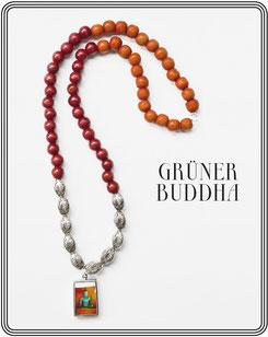GRÜNER BUDDHA