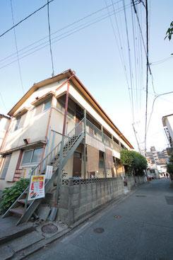 福岡 六本松 靴下 店舗外観