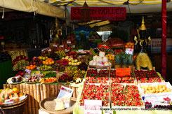 Tourisme - stand de légumes au marché aux victuailles de Munich