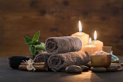 Handtuch, Kerze, Werbefoto Ferienhaus