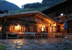 Gannerhof im Abendlicht