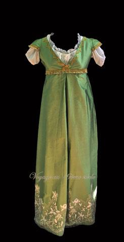 location costumes historiques robe de bal regency premier empire