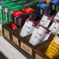 フォトカノン店内で販売されている色々なフィルム