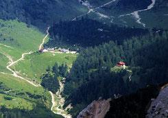 Halleranger Alm (links) und Hallerangerhaus (rechts) von Westen (Praxmarerkarspitze) - wikipedia, Svíčková