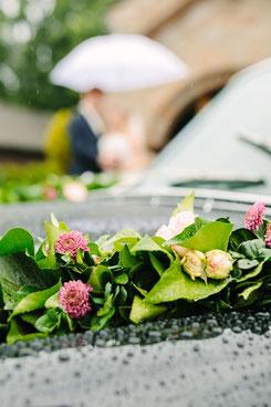 Brautpaarshooting im Regen. Hochzeit Bilder im Regen. Hochzeitsfotograf Ruhrgebiet NRW