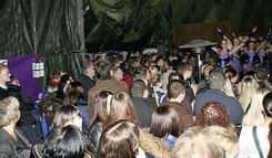 Hunderte Besucher werden bei der Faschingsparty wieder den auftretenden Garden zujubeln.
