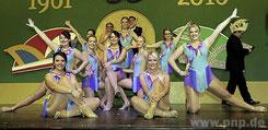 Die feschen Damen der Prinzengarde der Faschingsgesellschaft Pocking zeigen am kommenden Samstag beim Galaball ihren mitreißenden Showtanz – einer der Höhepunkte der Veranstaltung