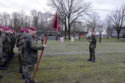 Major Ordemann vor der Front der neuen 11. Kompanie