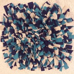 Schnüffelteppich hell-, dunkelblau, beige