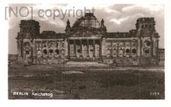 [AK: Der ausgebrannte Reichstag. Verlag Rudolf Pracht/Berlin W 35. Archiv R. Saalfeld]